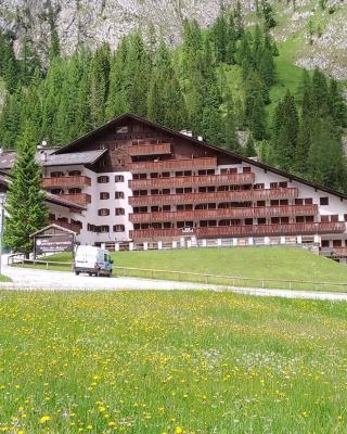 Dolomites Dream Marmolada 1