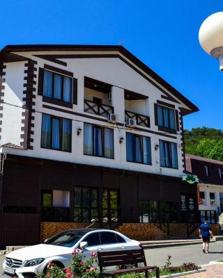 Dzhankhot Guest house