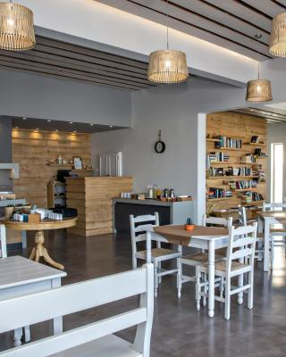 Porto Raphael Residences & Suites