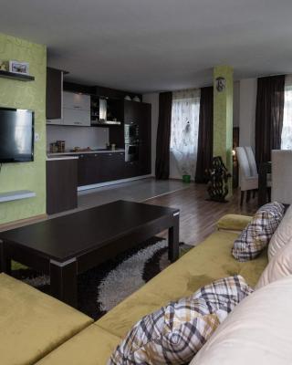 Cherry Garden1 Apartments
