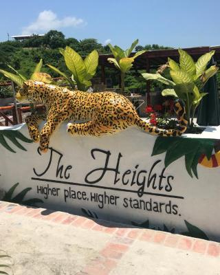 The Heights in Montañita