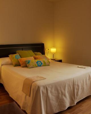 Petit Hotel Rural Els Pampols