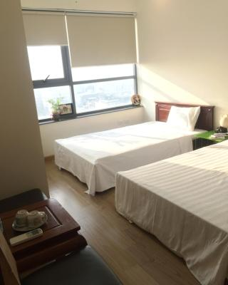 Twin Room with City view (ChezMai Homestay)