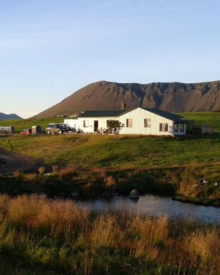 Bjarnastaðir Guest house