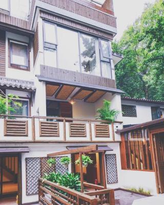 Hangzhou Qiumingshanju Inn