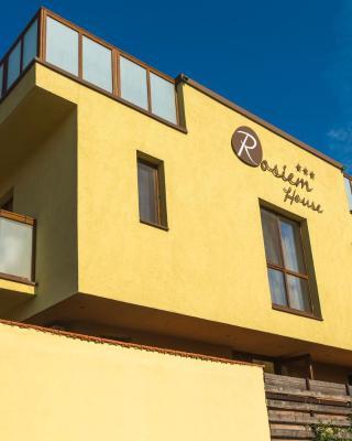 Rosiem House