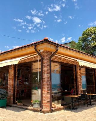 Guest House La Terrasa