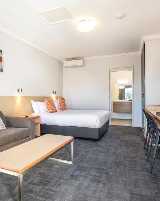 Nightcap at Ferntree Gully Hotel Motel
