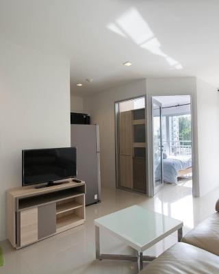 Mosaic Condominium B25M by Malai