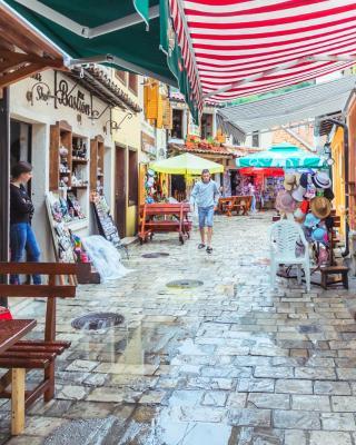 old town Stari Bar