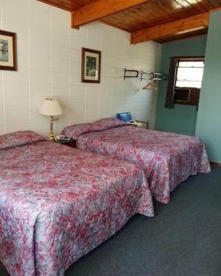 Huron Sands Motel Operated by Manitoulin Wonder Cubs Resort