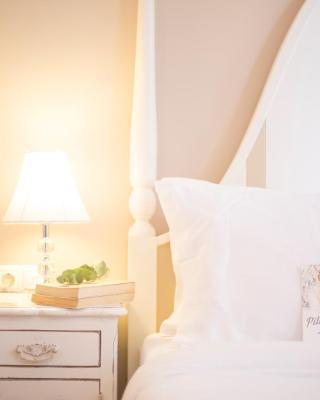 Gatto Perso Luxury Studio Apartments