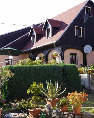 Ferienwohnung Hesse am Wachberg (Berghütte)