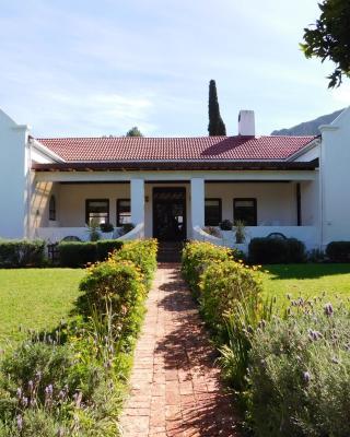 Anoud Manor