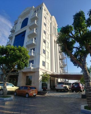 ThaiHoa Riverside Hotel
