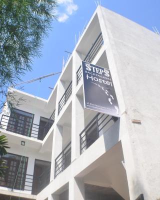 Steps Backpackers Hostel
