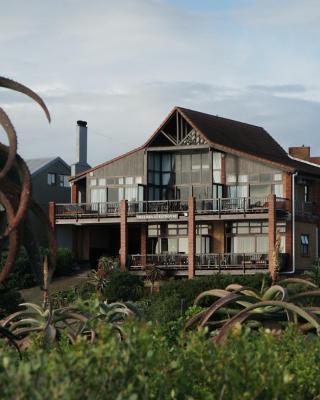 Shaloha Guesthouse on Supertubes