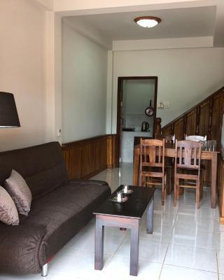 Sok Villa Namkhan Riverview (Apartments)