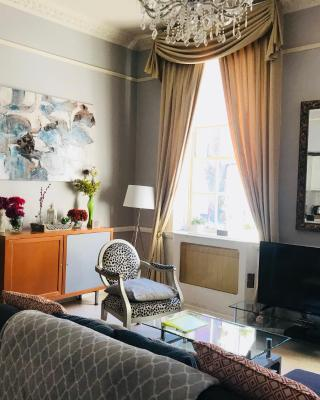 City Centre Georgian Style Apartment