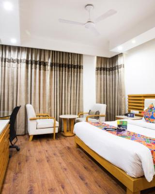 FabHotel GRD DLF Square