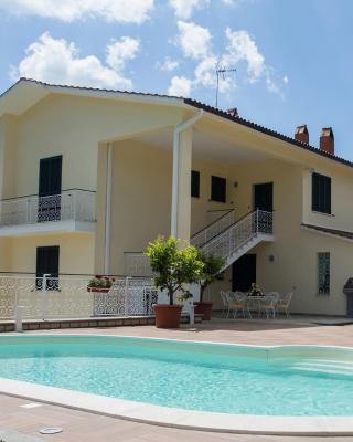 Casa Vacanze La Mattonara