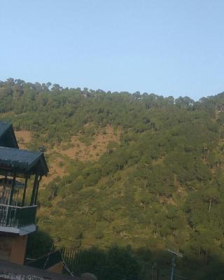 Wayside Villa