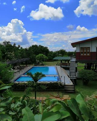 Eco Hotel Black & White - Anuradhapura