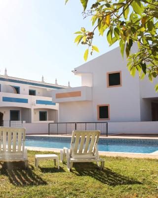 Oasis Beach Apartments