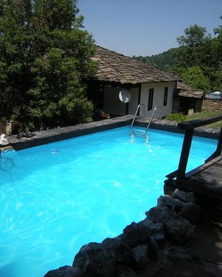 Dzhelepova Guest House- Pool Access