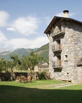 Apartamentos Casa Buisan