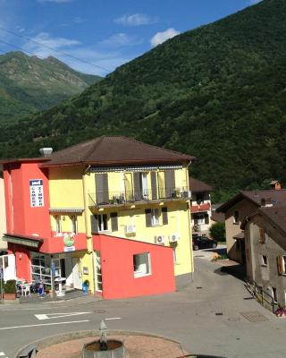 Hotel Ristorante Camoghe