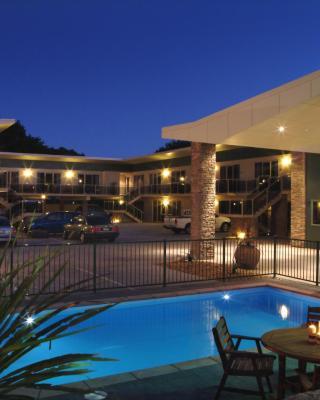 Emerald Spa Motor Inn