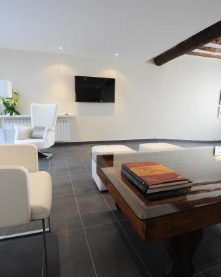 Apartamentos Turísticos Mirablanc