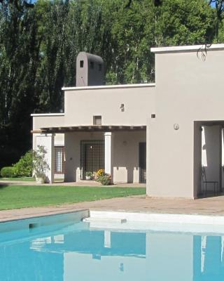 Querencia Lodge Lunlunta