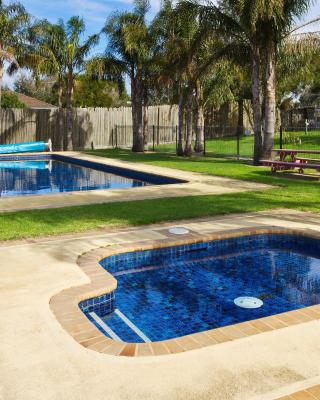 Carrum Downs Holiday Park and Carrum Downs Motel