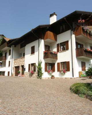 Villa Giardino - Flowers