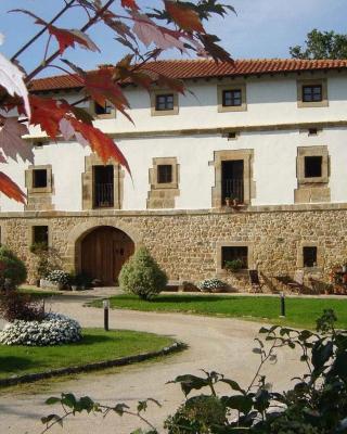 Casona de San Pantaleón de Aras