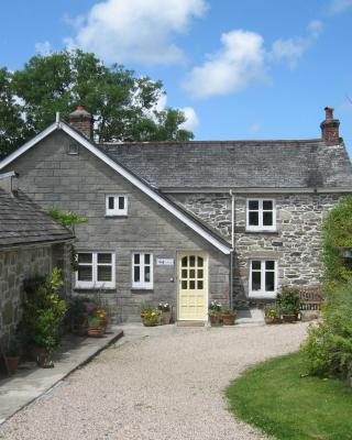 Little Pengelly Farm