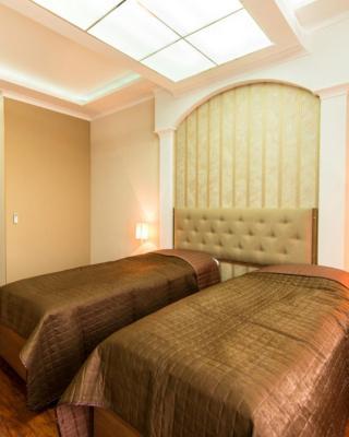 Alva Donna Hotel