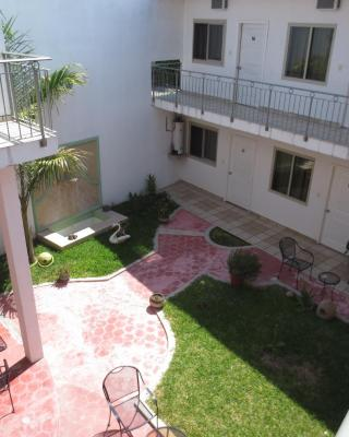 Hotel & Suites La Huerta