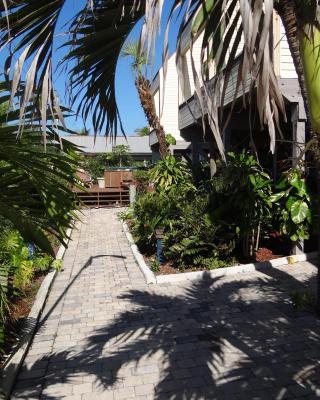 Bird's Nest Vacation Apartments