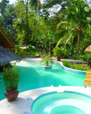 3 Bamboo Eco Lodge