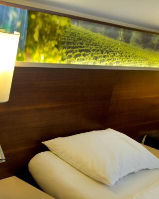 Stacher Wein und Bett