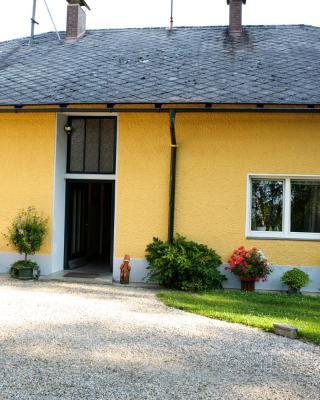 Ferienwohnung Schloss Pesenbach