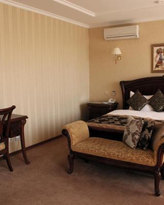 Hotel Kiev