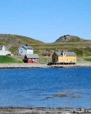Kongsfjord Gjestehus Månedskarbua