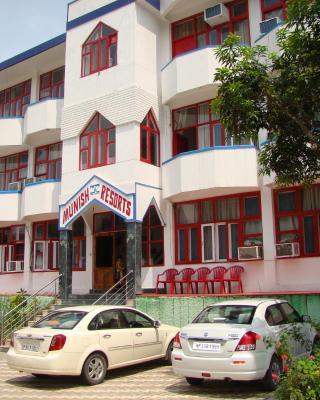 Munish Resorts