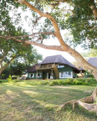 Maninghi Lodge