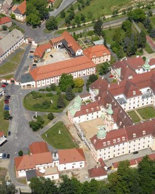 Gästehäuser St. Marienthal