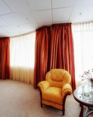 Parus Hotel